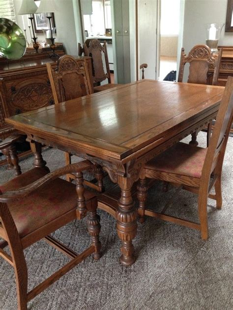 i a dining room set i think is from the 1920 s or