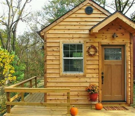 small houses with porches 25 best images about getaway garden house on pinterest