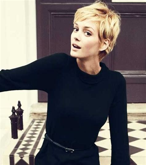 hairstyles while growing out pixie cut love the messy feminine look growing out a pixie crop