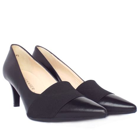 kaiser beka s classic pointy court shoe in