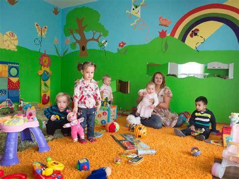tagesmutter wohnung kindertagespflege in bonn tagesmutter f 252 r f 252 nf