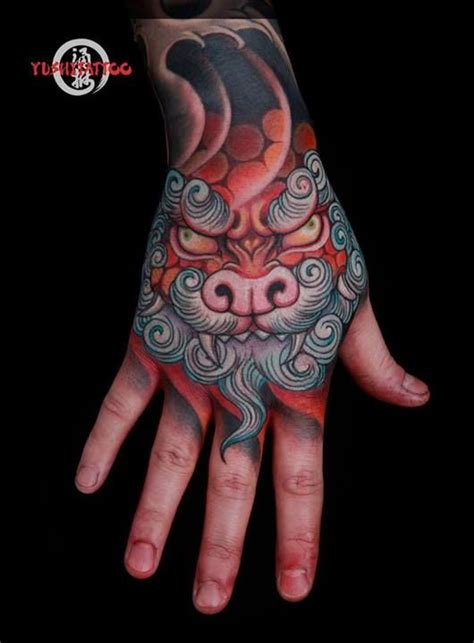 tattoo japanese hand 122 best foo dog tattoo images on pinterest japan tattoo