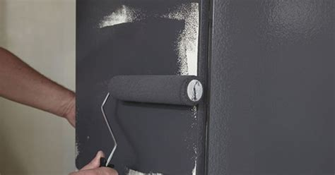 spray paint laminate kitchen cabinets repainting laminate cupboards step by step from bunnings