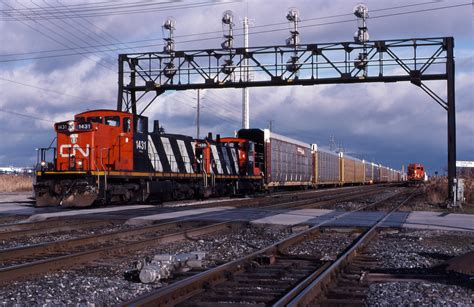 leads for yards railpictures ca eull photo cn 1431 and cn 1430 pull the yard lead with a