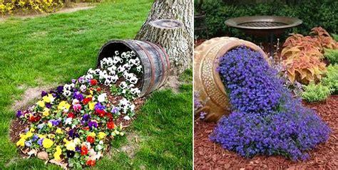 decorare gradina decor flori curgatoare