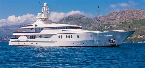 yacht for sale motor yachts for sale luxury motor yachts
