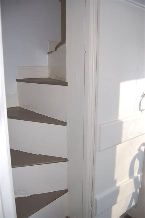sofa for narrow stairs 17 best images about narrow staircases on pinterest