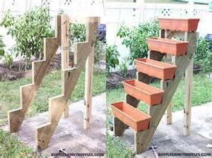 diy simple vertical planter structure