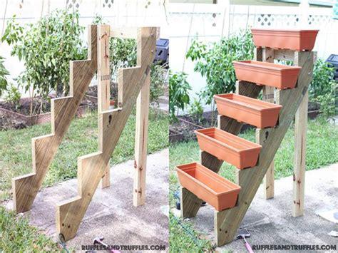 Vertical Planter Ideas by Diy Simple Vertical Planter Structure