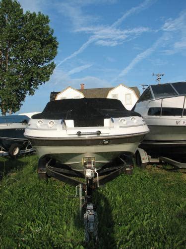larson boats escape 234 2011 larson escape 234 mt clemens mi for sale 48043