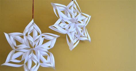 How To Make Really Cool Paper Snowflakes - weaver guz paper snowflake tutorial
