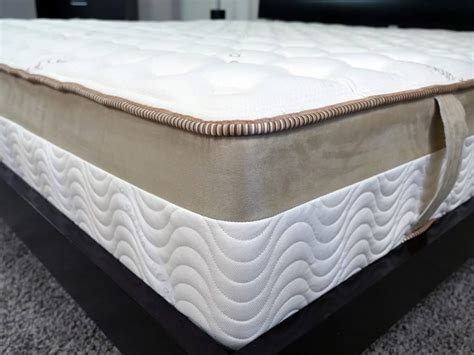 Best Mattress For Side Sleepers With Back by Best Mattress For Side Sleepers With Lower Back 2017