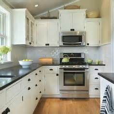 bungalow kitchen ideas 1000 images about kitchen inspiration on