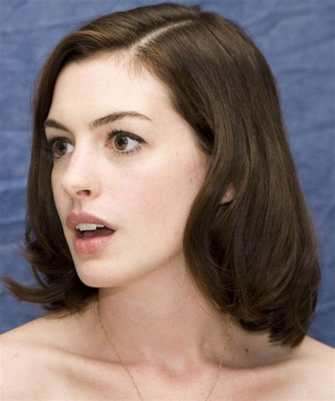 Anne Hathaway Medium Straight Formal Bob Hairstyle