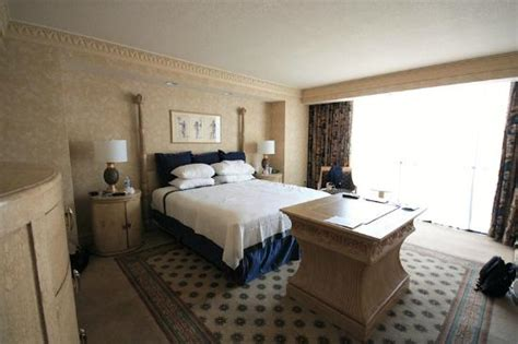 one bedroom luxury suite luxor tower premier suite the lounge area dining area to