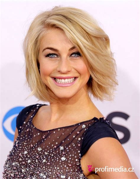 safe haven actress hairstyle julianne hough chin length bob hair pinterest bobs