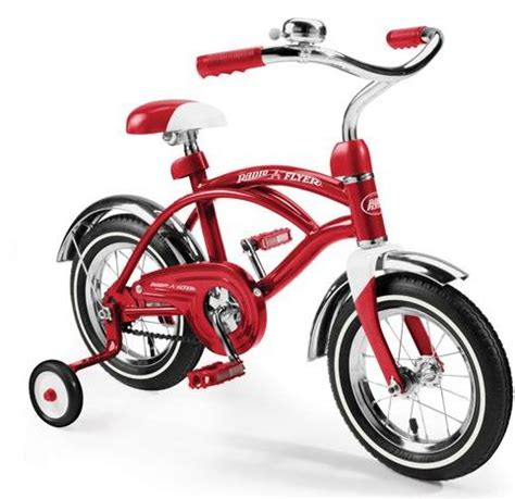 holiday giveaway #2: radio flyer classic red 12 inch