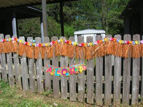 backyard cout party decoration diy fence decorations by repurposing and