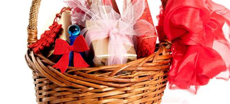 worst christmas gifts ever given the 7 worst gifts seem to give every