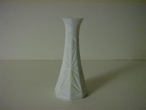 Hoosier Milk Glass Vase by Milk Glass Bud Vase Hoosier Glass Starburst From
