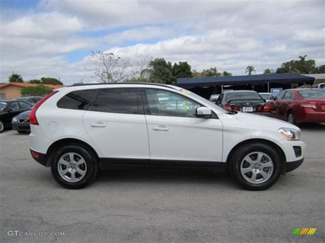 volvo xc60 white white 2010 volvo xc60 3 2 exterior photo 45074389