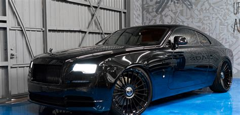 murdered rolls royce dub magazine murdered out rolls royce wraith