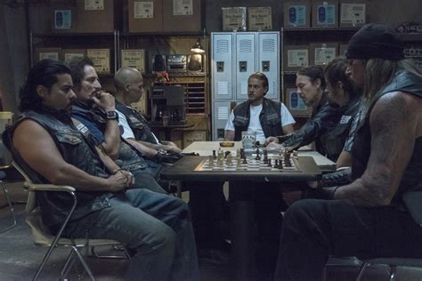 Sons Of Anarchy Meeting Table Sons Of Anarchy Series Finale Recap Quot Papa S Goods Quot To Be Or Not To Be Nerdcore Movement