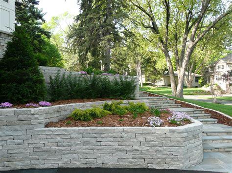 Ideas For Retaining Walls Garden Triyae Garden Retaining Wall Ideas Various Design Inspiration For Backyard