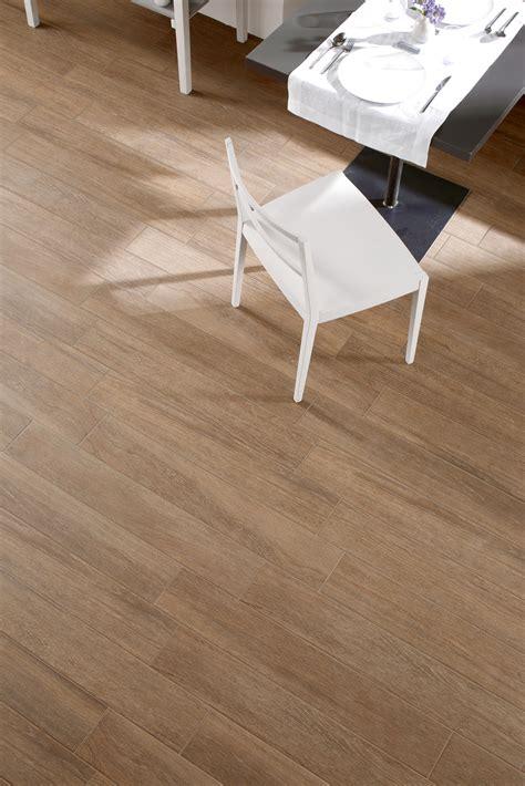 pavimenti simili al parquet gres porcellanato effetto legno e parquet marazzi