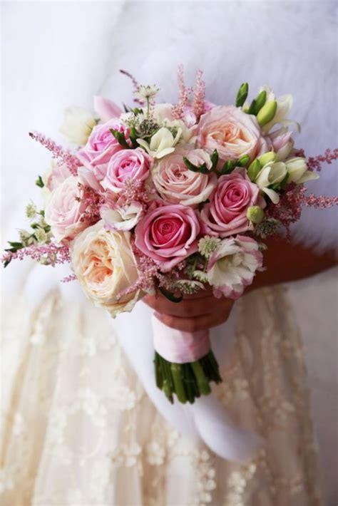 m 225 s de 20 ramos de novia las flores que est 225 n de moda en
