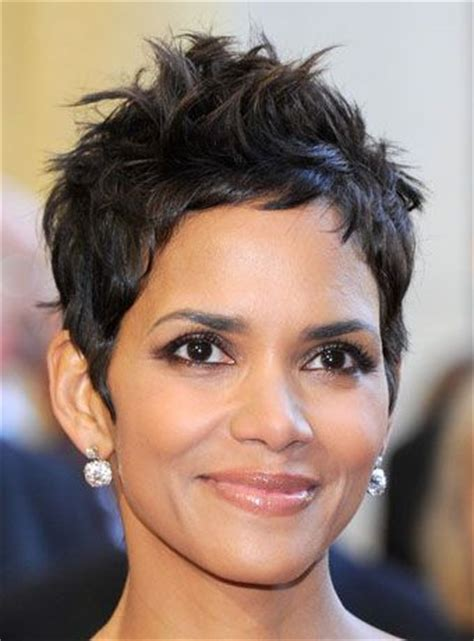 how to get y pixie like halle berrys 205 best images about hair on pinterest shorts pixie