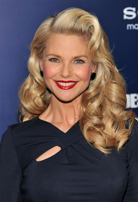 hair for 50 that is looking omg how can christie brinkley possibly be 60