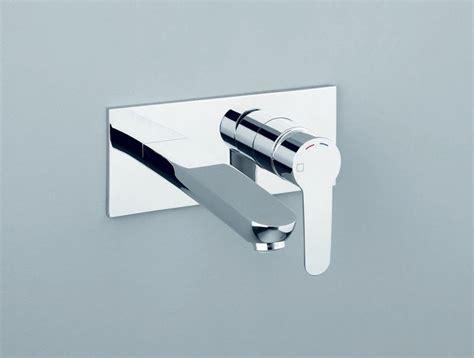 rubinetto a muro per lavabo miscelatore per lavabo a muro monocomando new day cristina