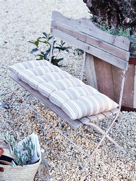 garden bench cushions uk 1000 images about garden on pinterest