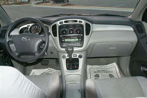 2004 Toyota Highlander Interior by 2004 Toyota Highlander Pictures Cargurus