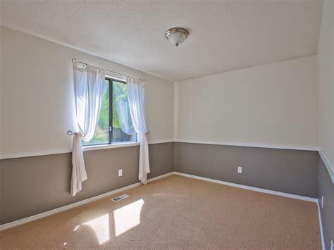 Living Room Color Schemes With Chair Rail отделка молдингом дизайн материалы монтаж