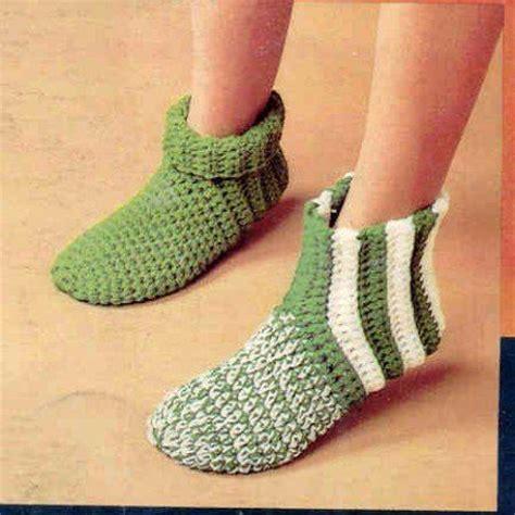 knitting pattern for slippers for beginners 30 easy knitting and crochet patterns for beginners