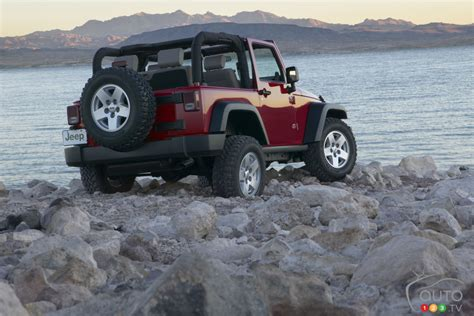 is my jeep recalled 35 000 jeep wranglers from 2007 2010 recalled in canada