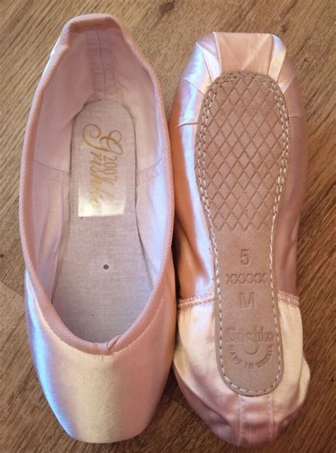 colored pointe shoes the gallery for gt grishko colored pointe shoes