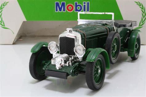 bentley racing green corgi classics bentley 4 5 litre le mans british racing