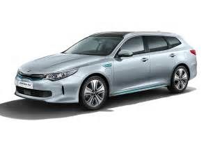 Kia Of Kia Optima Sportswagen Phev Pictures Auto Express