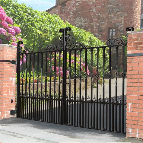 pin  catherine jikunan  driveway gates estate gates