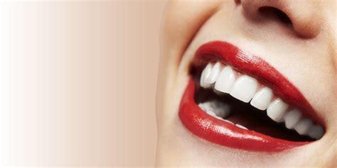 Penjepit Pasta Gigi Maupun Scrub tips dan cara alami supaya gigi lebih putih cintamela