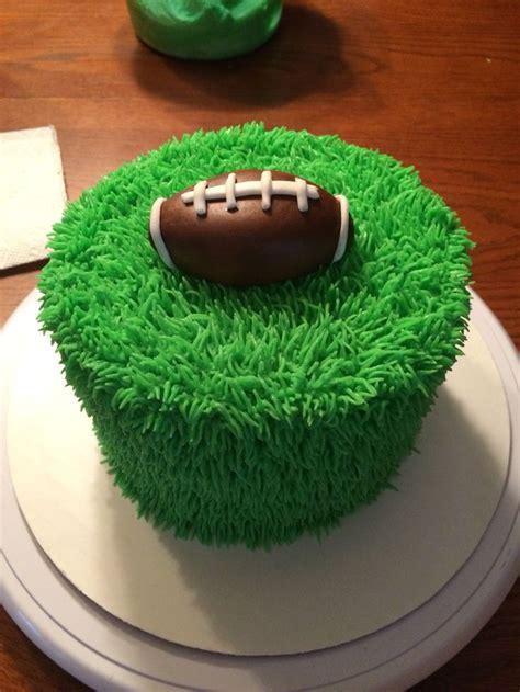 grass cake ideas  pinterest fondant tips girly birthday cakes  horse cake toppers