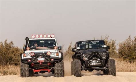 off road test toyota lc 79 pick up & jeep wrangler