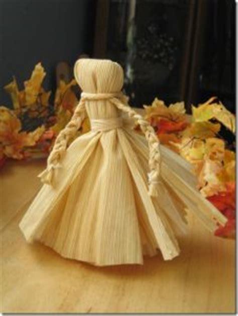 corn husk doll history how to make corn husk dolls 13 diys guide patterns