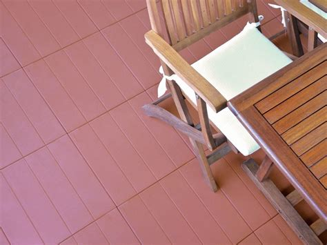 piastrelle in plastica per esterni pavimento per esterni in plastica piastrella by onek