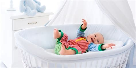 how should a baby sleep in your room best bassinet reviews 2017 which is right for your baby