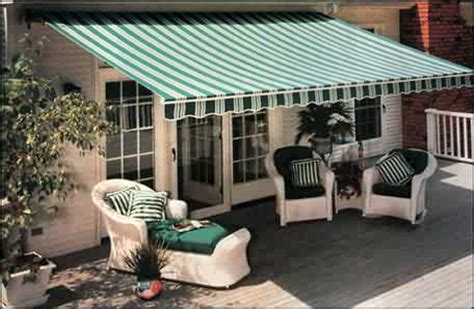 Inexpensive Retractable Awnings by Cheap Patio Awnings Rainwear