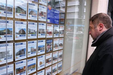 oferta inmobiliaria bancos los bancos disponen de una oferta de 58 pisos y casas a la